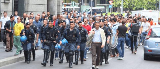 Tassisti in protesta contro Uber